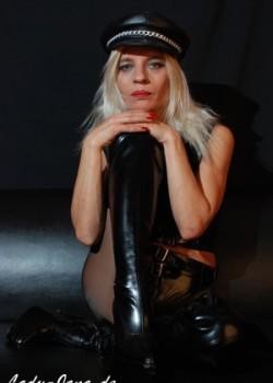 Lady Jana - Dominas Stuttgart 1