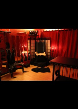 Studio Darkside - Dominastudios Hamburg 1