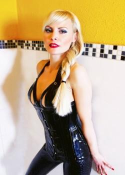 Lady Caroline - Dominas Dortmund 1
